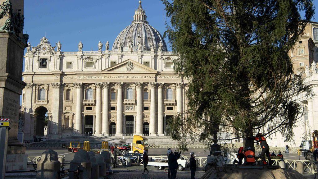 Las misas, la última cruzada contra el plan anticovid italiano