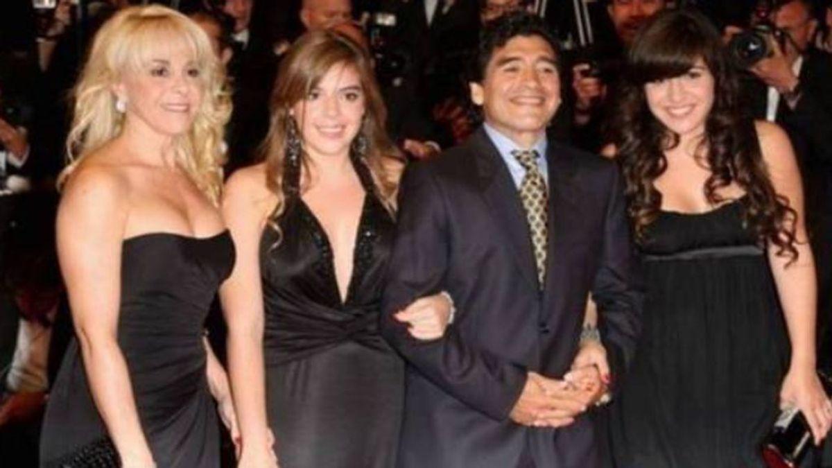 """La habitación donde Maradona pasó sus últimas horas sorprenden a Claudia: """"Si lo ves, te morís"""""""