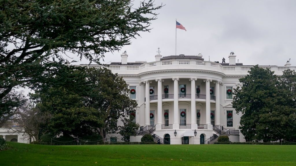 EE.UU. investiga una presunta trama de sobornos a cambio de indultos presidenciales