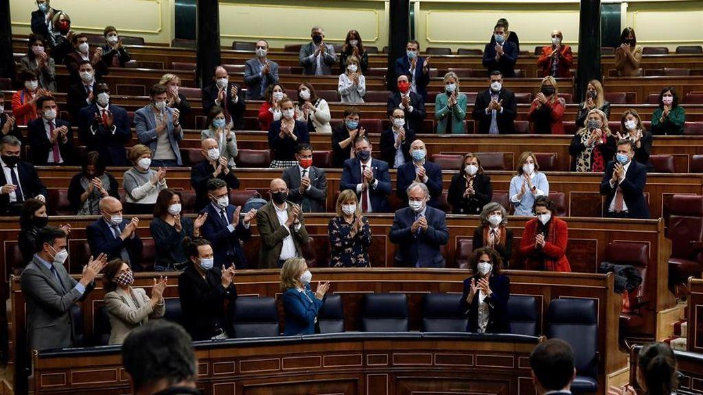 El Congreso aprueba los primeros Presupuestos de Sánchez