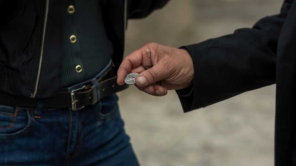Los objetos que dañaron a Cristo, armas imbatibles en '30 Monedas'