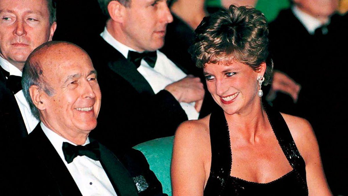 Las aventuras de Giscard d'Estaing: Lady Di, los diamantes de Bokassa ...
