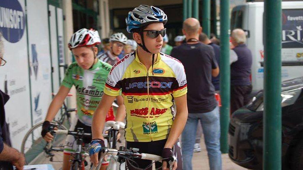 Muere por coronavirus el ciclista de 21 años, Michael Antonelli
