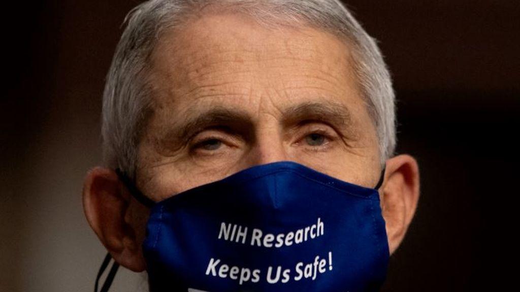 El coronavirus en EE UU sigue descontrolado y Fauci acepta seguir al mando de la gestión de la pandemia