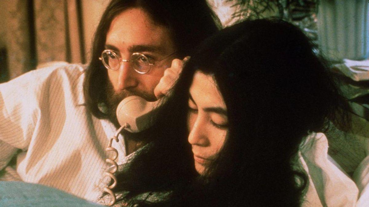 De la sesión desnudo con Leibovitz al beso de despedida a su hijo Sean: así fueron las últimas 24 horas vivo de John Lennon