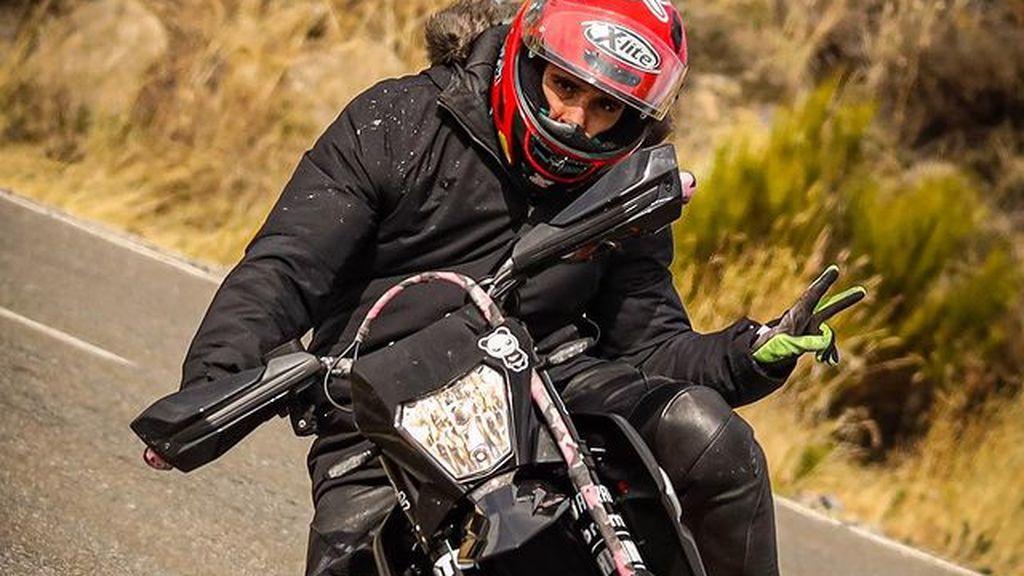 Miguel Herrán, un apasionado del motor: la gran afición del actor son las motos