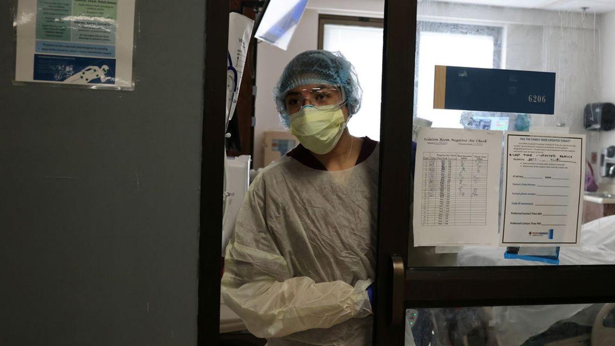 Despiden a una enfermera tras confesar en TikTok que no usa mascarilla ni mantiene la distancia