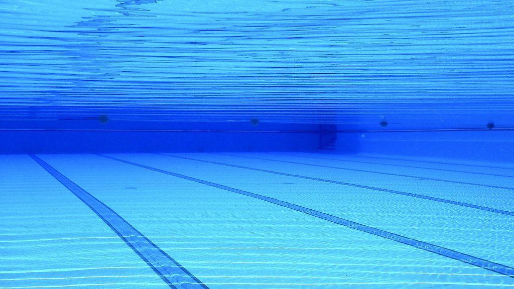 Seis personas ingresan en UCI tras intoxicarse en una piscina rusa que mutiplicaba el cloro permitido por 250