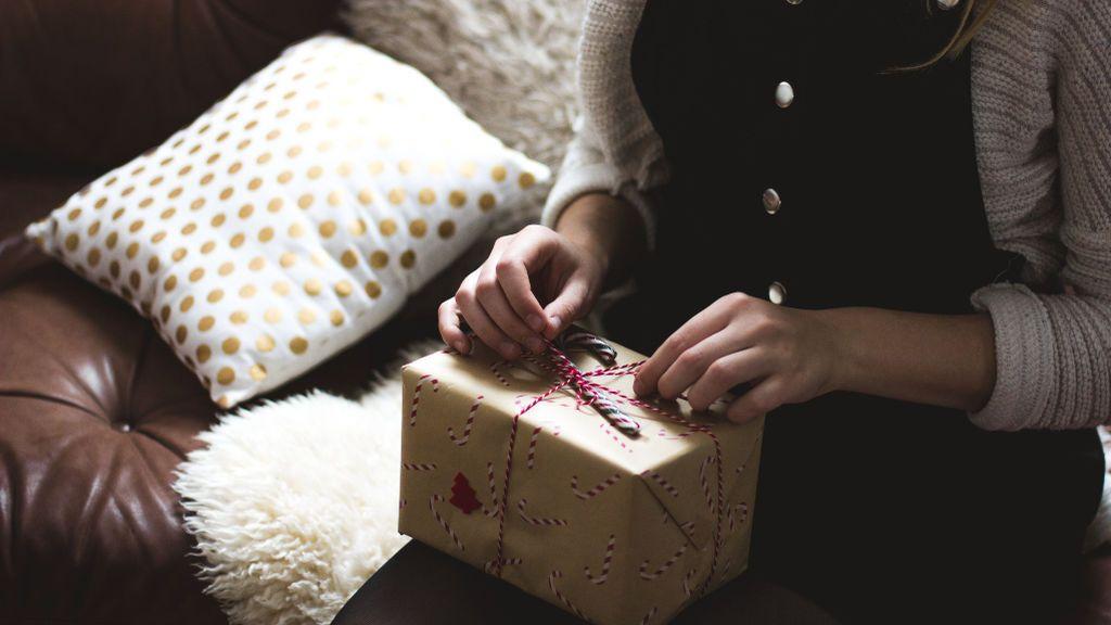 """Precariedad en las fiestas navideñas: """"No poder comprar un regalo a mis padres me mata"""""""