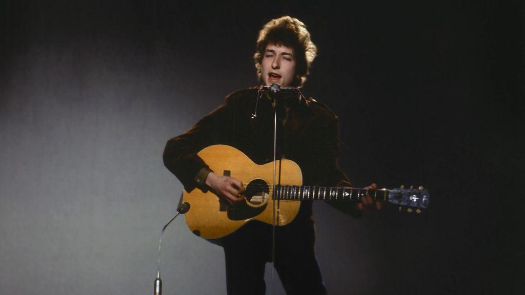 ¿Cuánto vale la carrera de Bob Dylan? El músico vende todas sus canciones a Universal (y no dice el precio)
