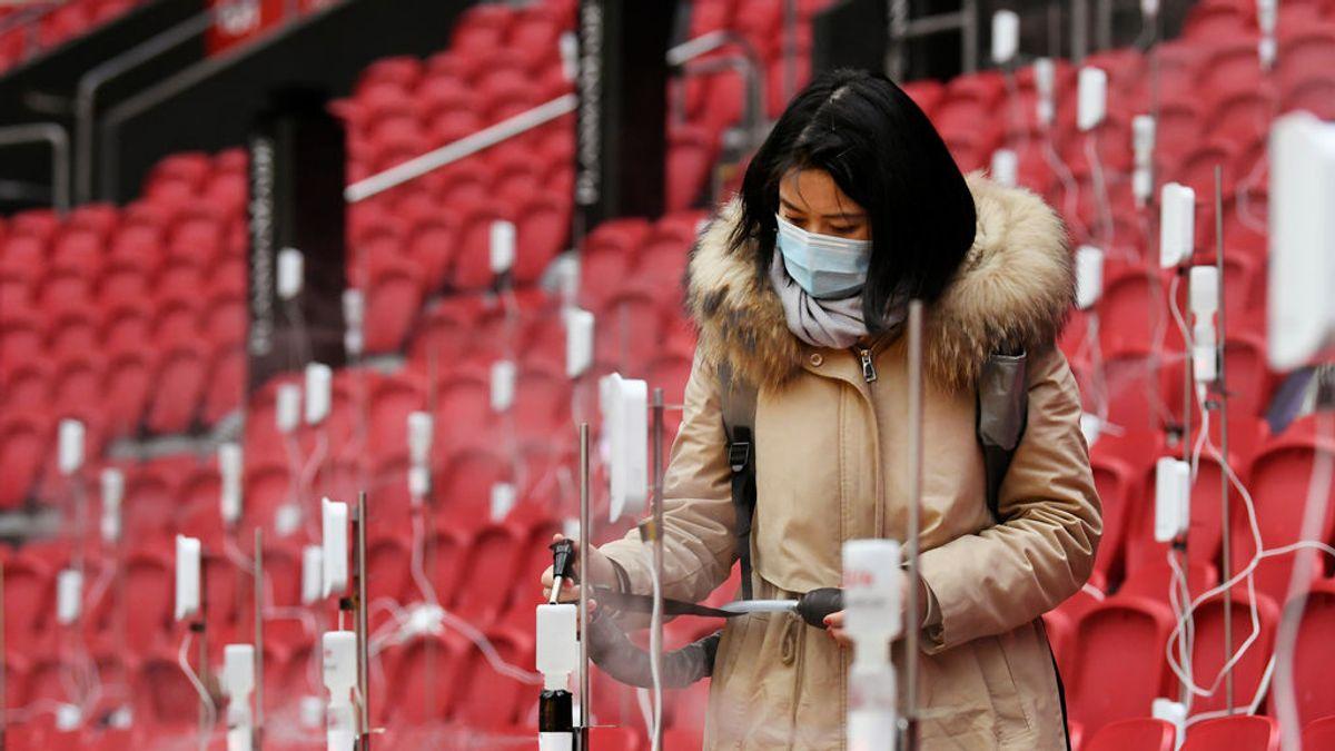 ¿Cómo afecta la transmisión por aerosoles en un estadio de fútbol?