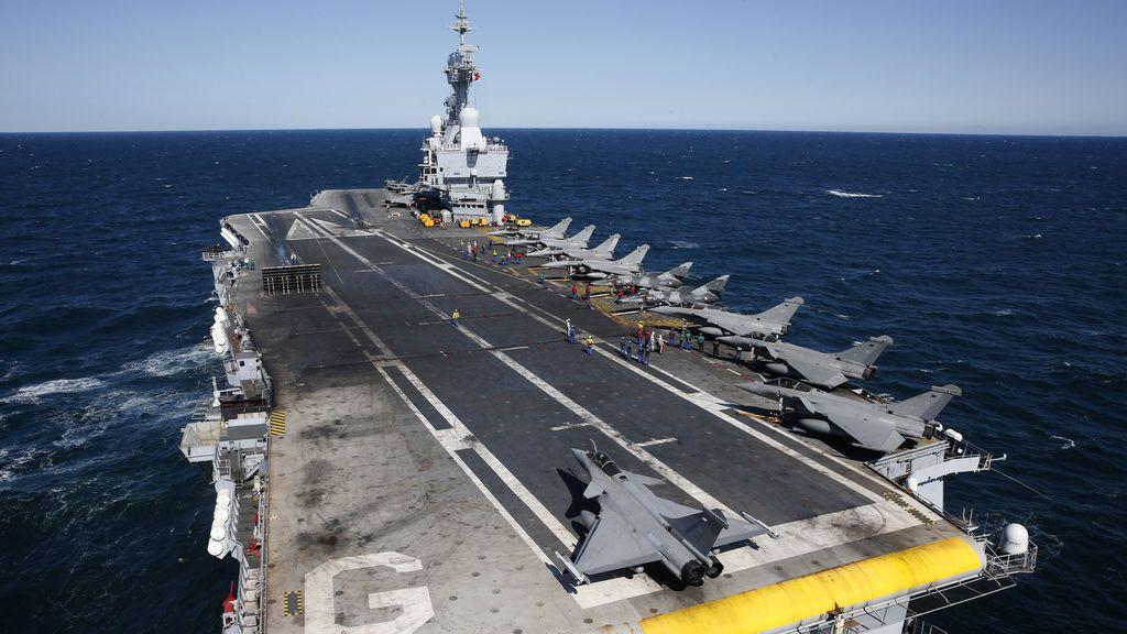 Francia reemplazará el 'Charles de Gaulle' con un  nuevo portaaviones de propulsión nuclear