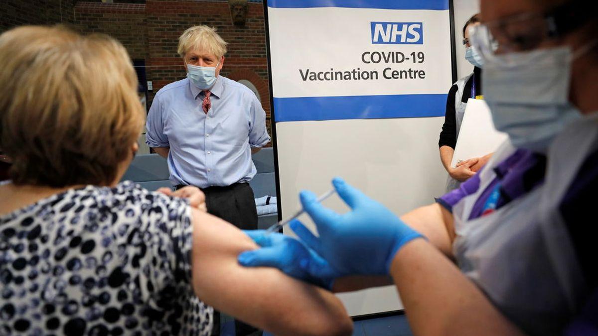 """""""Hecha en Europa"""": el 'zasca' del primer ministro belga a Boris Johnson ante la vacuna de la Covid-19"""