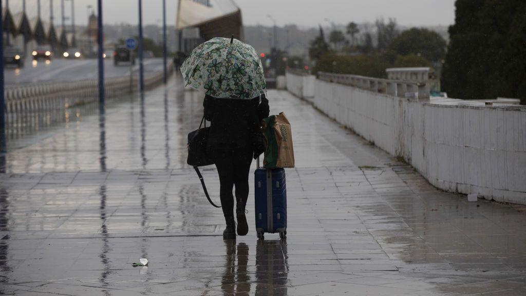 Se dispara el termómetro y se generalizan las lluvias: el tiempo para el jueves en España