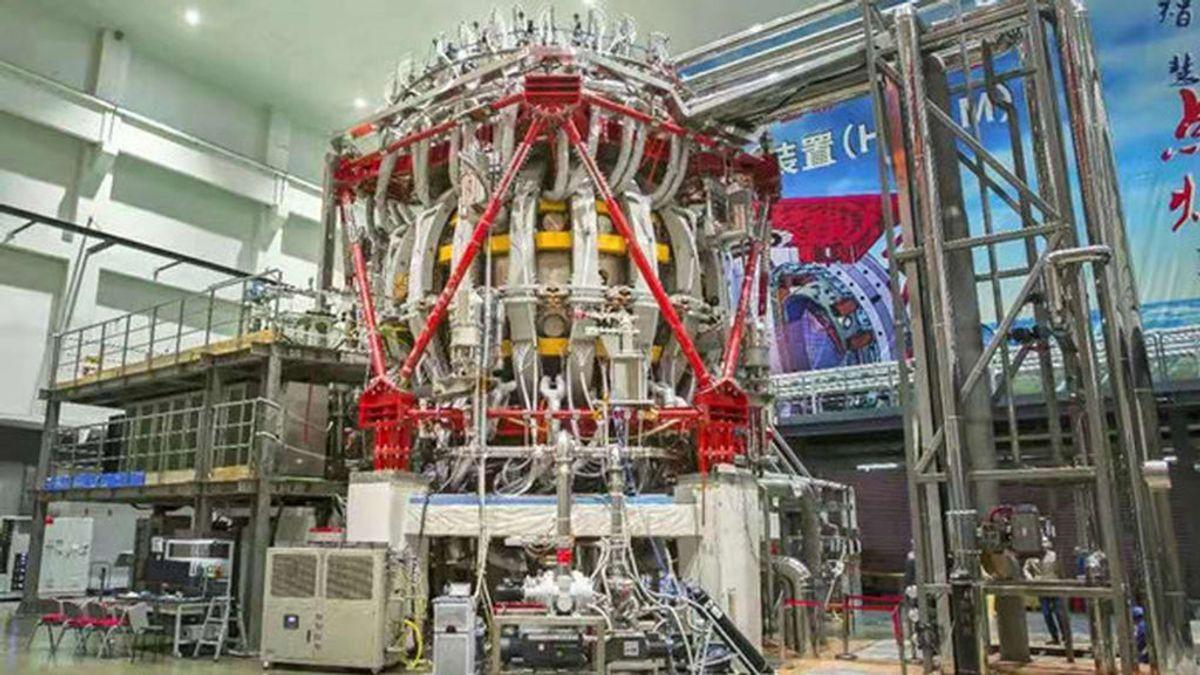Energía nuclear: El 'sol artificial' con el que China busca generar energía limpia a partir de la fusión