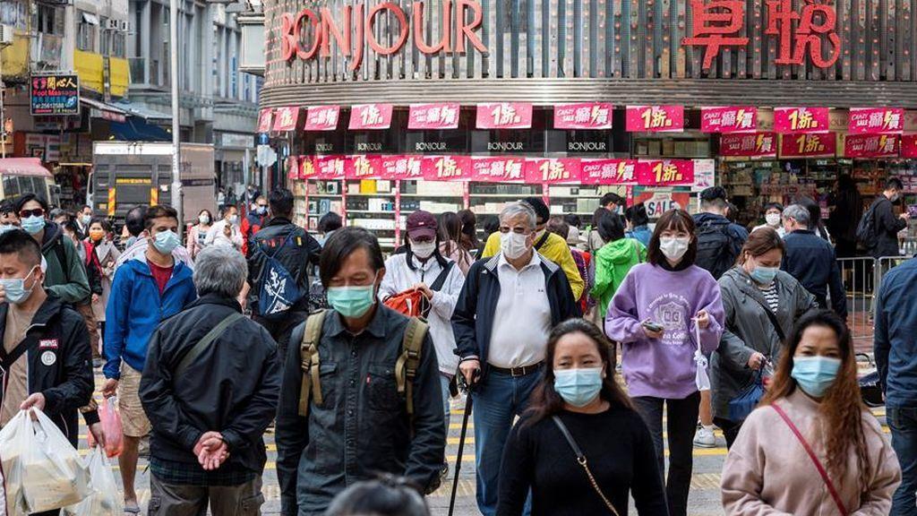 Hong Kong no alcanza el pico de la cuarta ola: infectados ahora en las zonas de cuarentena