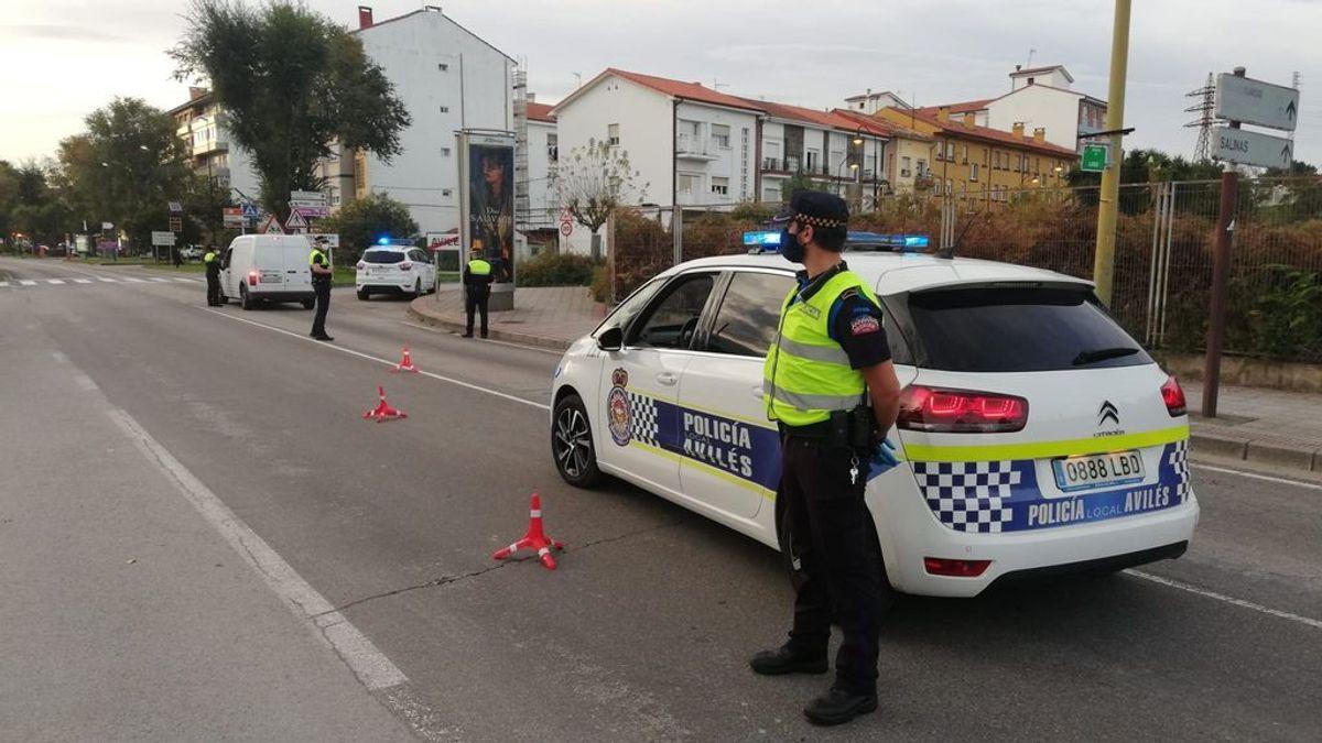 Cinco detenidos, dos de ellos menores, por agredir a seis agentes en un control de tráfico en Avilés