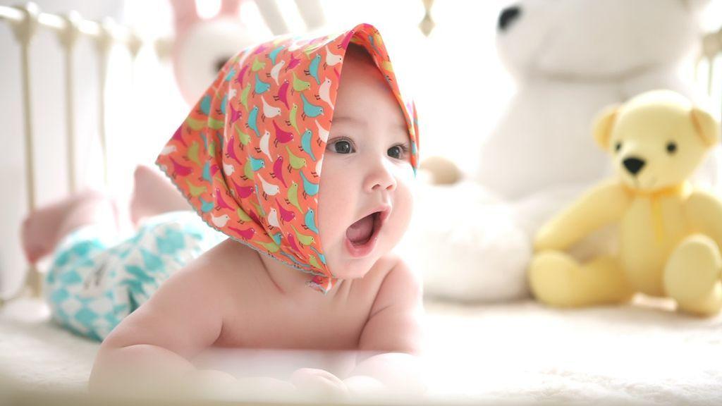 Ejercicios sencillos para fortalecer la musculatura del cuello del bebé