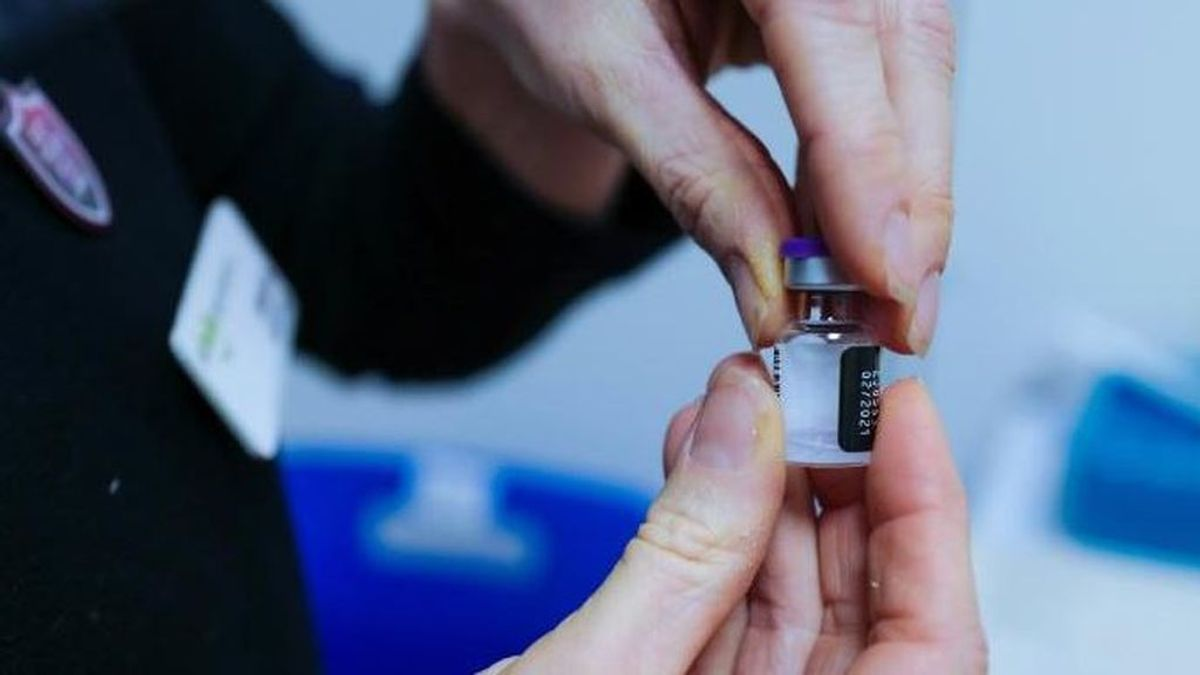 Suspenden las pruebas de la vacuna australiana contra el covid-19  tras dar falsos positivos de VIH