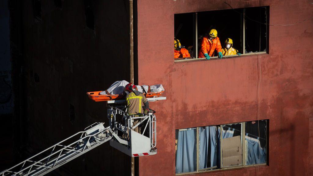 El incendio de la nave de Badalona, la tragedia que nadie supo o quiso evitar