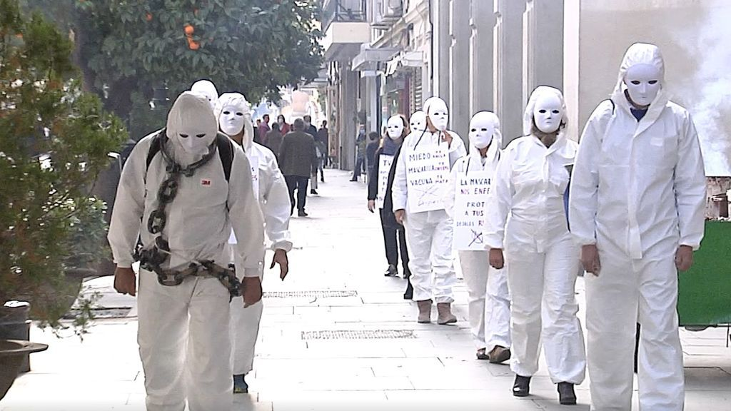 Manifestación de negacionistas del coronavirus en Sevilla.