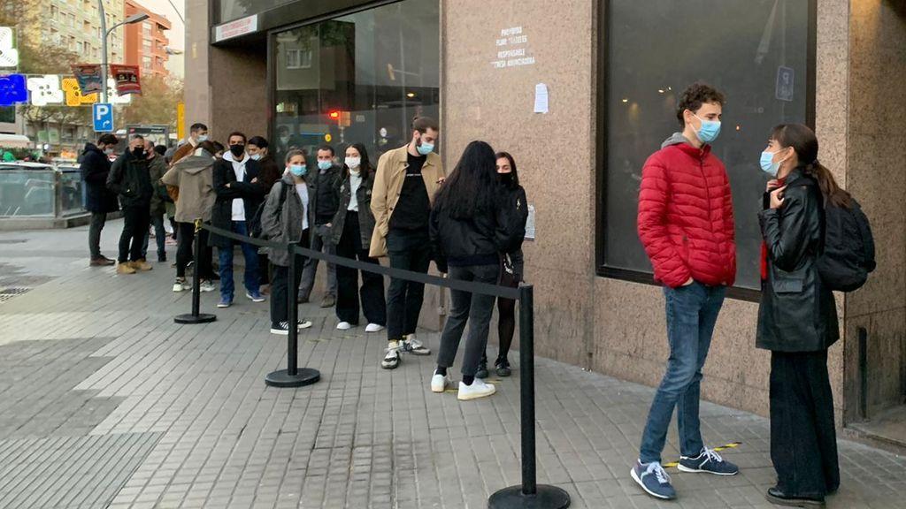 """Un experto del estudio en la Sala Apolo de Barcelona considera """"prematuro"""" llevar el plan a otros eventos  masivos"""