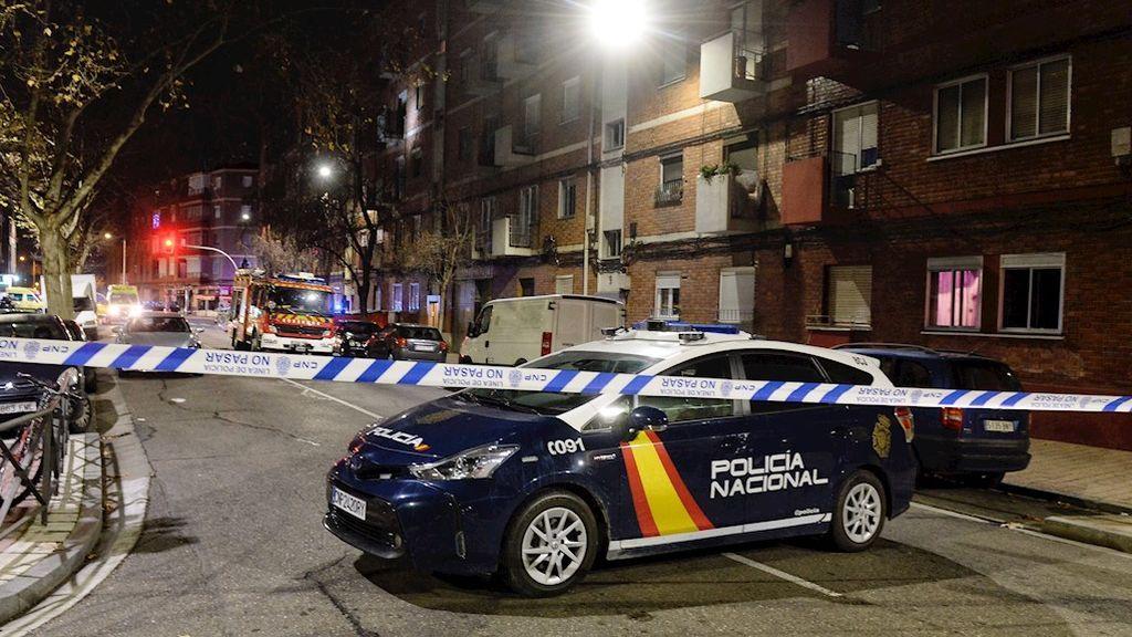 La Policía Nacional mantiene un retén en el domicilio del ex guardia civil atrincherado en Valladolid