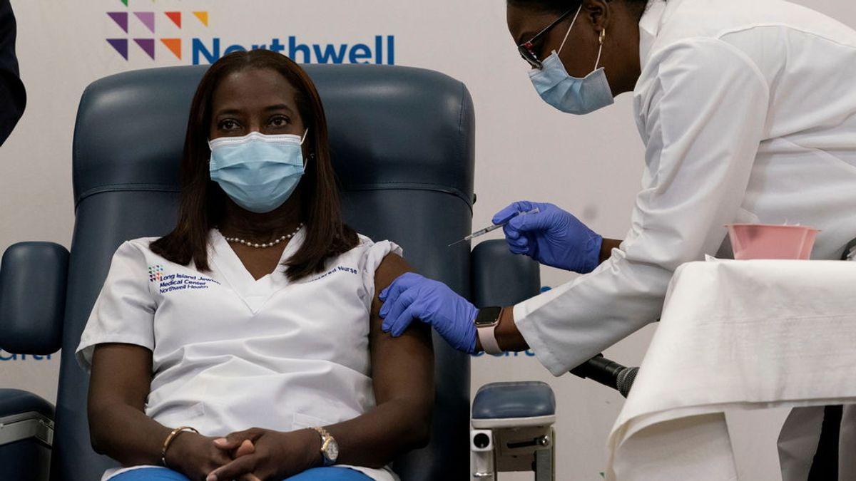 Primera persona vacunada de coronavirus en EEUU