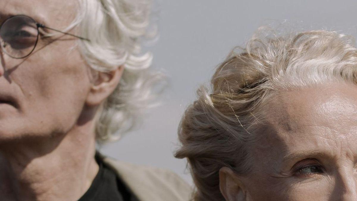 Cuidado de las canas: los mejores champús morados para el pelo blanco