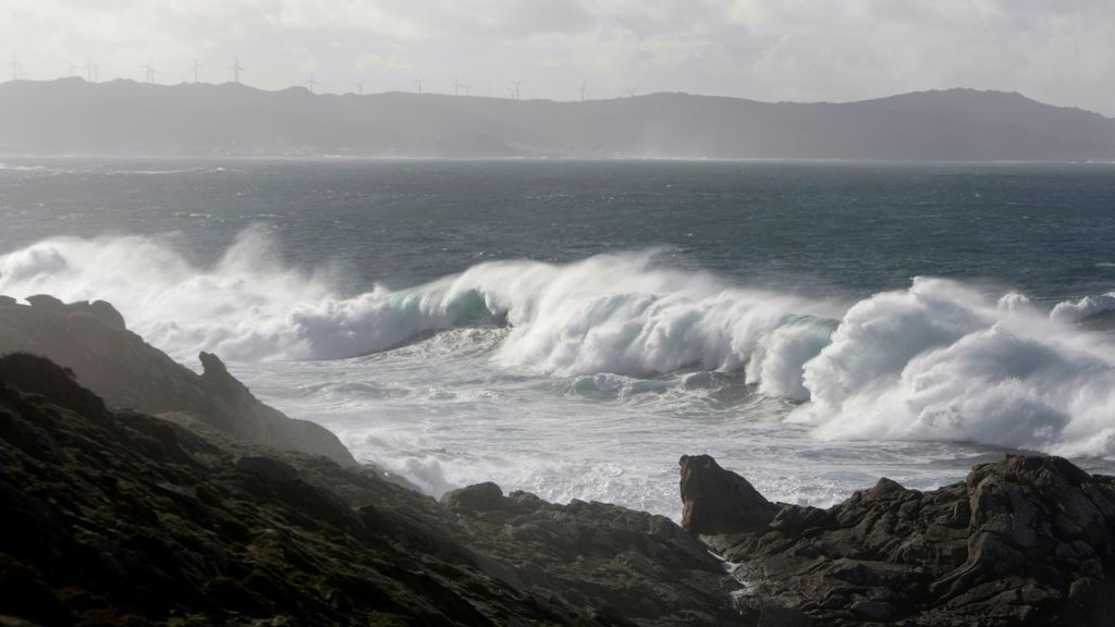 Se recrudece el temporal marítimo en el norte: el tiempo que hará en España el martes
