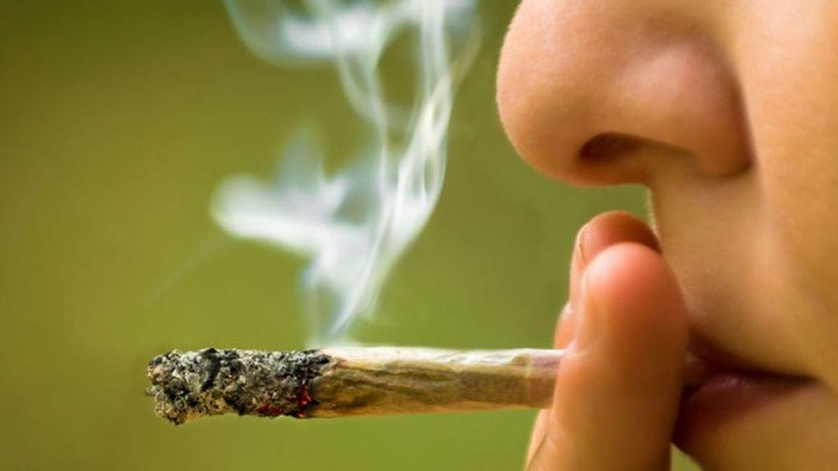 Aumenta el consumo de cannabis y el uso compulsivo de Internet entre los jóvenes españoles