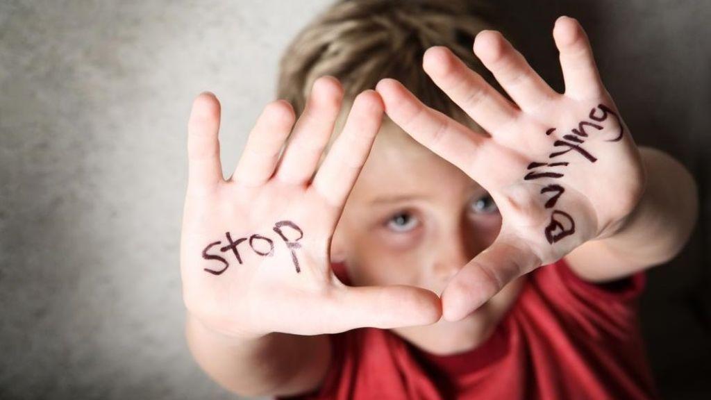 Violencia, ansiedad, acoso escolar, suicidio: el Chat ANAR radiografía los problemas de los niños españoles