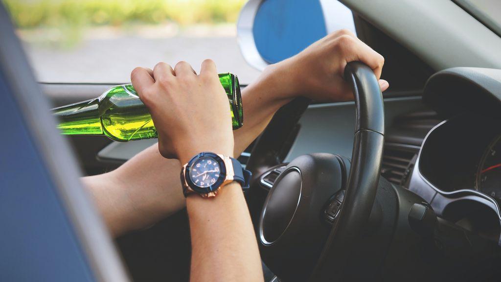 Conducción y alcohol: multas, puntos, riesgos y mitos