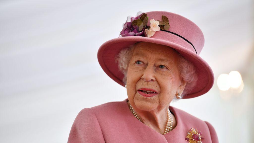 """La sofisticada ginebra """"royal"""" elaborada en el palacio de Buckingham de Isabel II"""