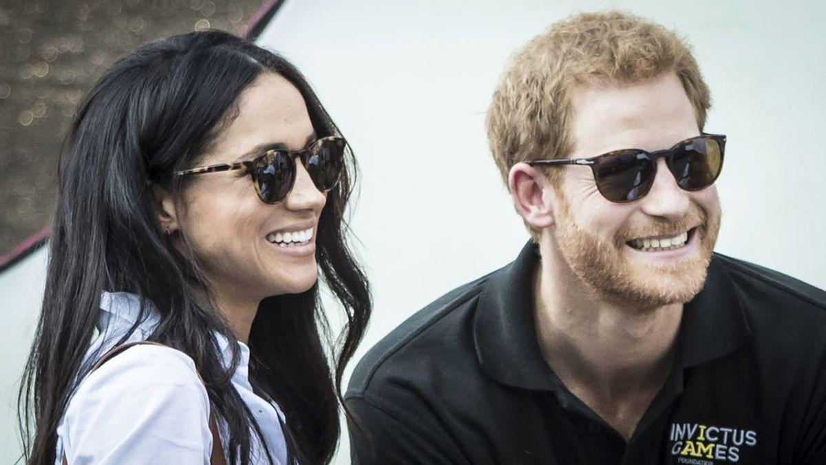 El Principe Harry y Megan Marckle producirán y presentarán podcast para Spotify