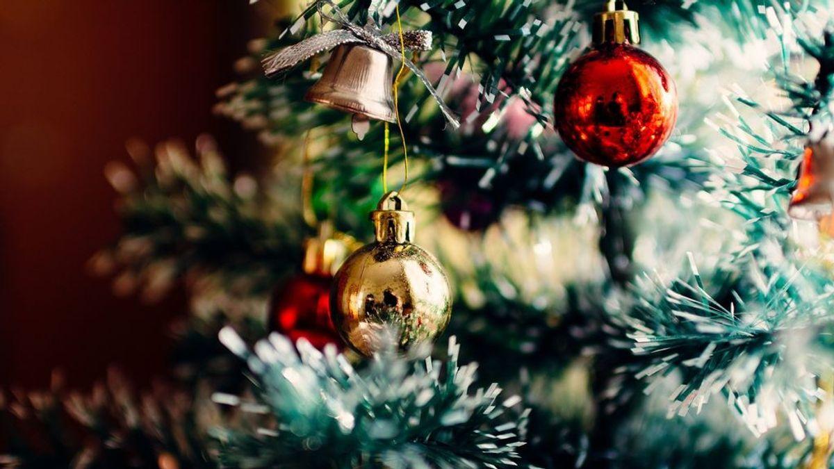 El árbol de Navidad: las bolas, los lazos y demás adornos tienen su significado