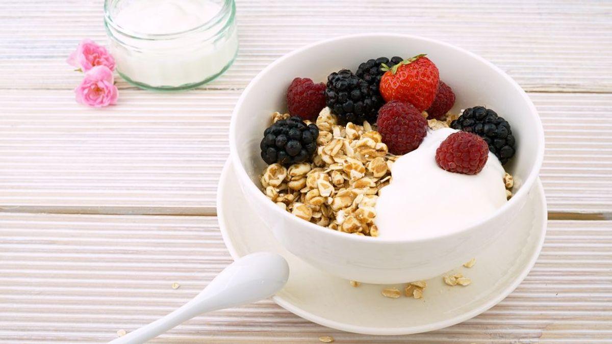 Pensabas que son sanos pero no: tres yogures que te puedes ahorrar