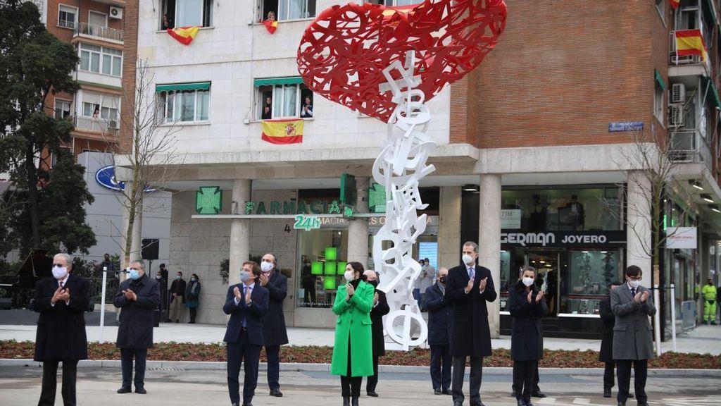 Escultura 'El árbol de la vida', homenaje a los sanitarios en Madrid