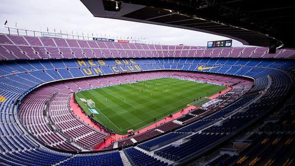 El Camp Nou abre sus puertas al equipo femenino del Barça por primera vez en 50 años