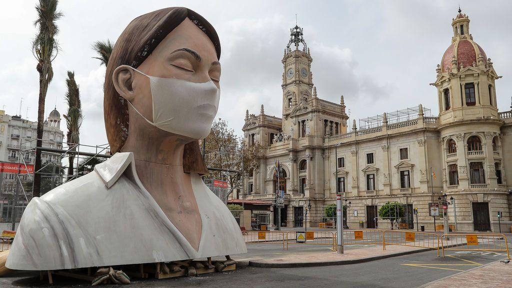 """El Ayuntamiento de Valencia admite que """"no parece posible"""" celebrar las Fallas en marzo de 2021"""