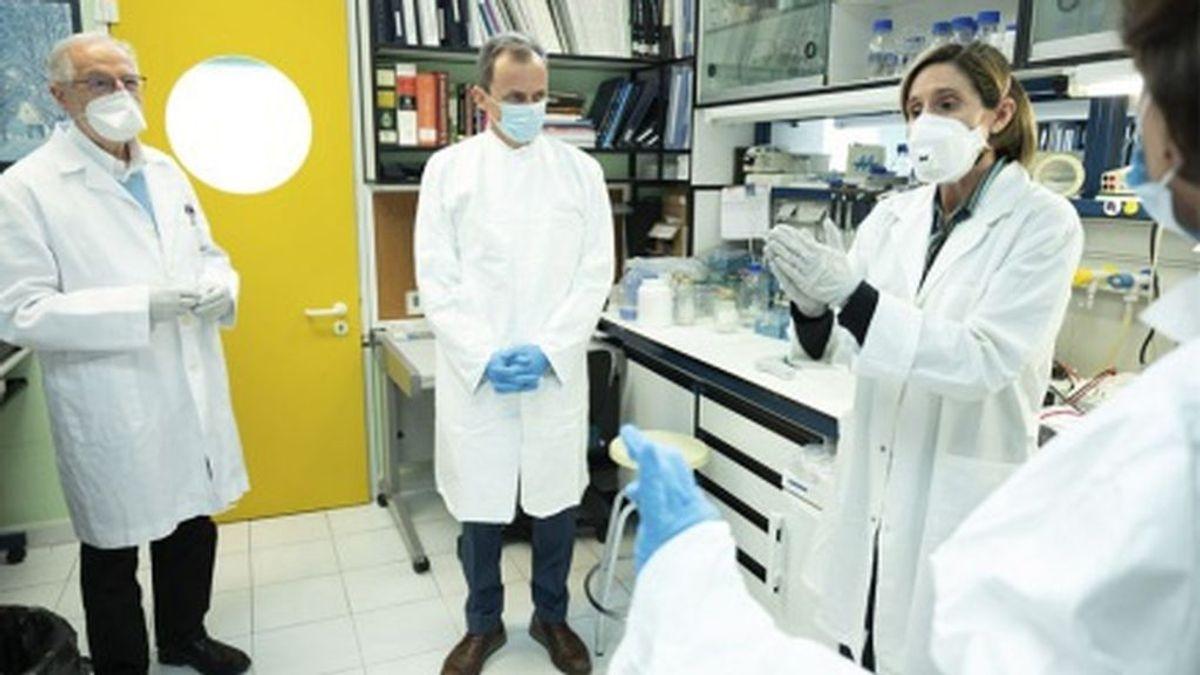 Jubilados y eventuales: la precariedad laboral tras las vacunas españolas contra la covid
