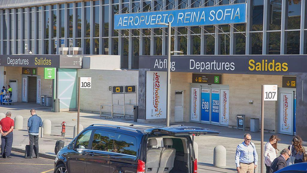 El Constitucional escucha al Gobierno y anula la medida que permitía a los turistas viajar a Canarias con un test de antígenos