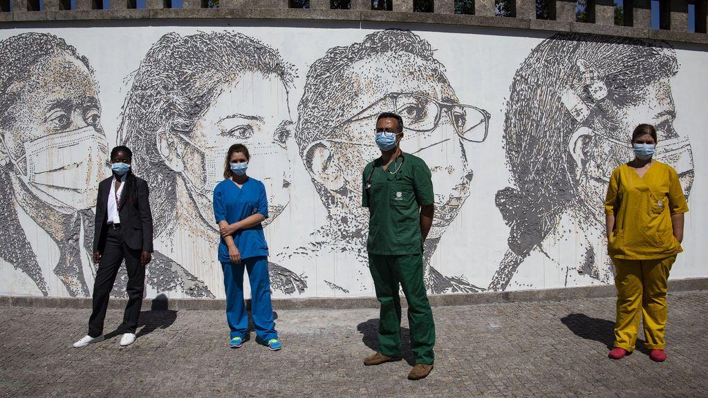 Portugal premiará con un bono de media nómina a casi 25.000 sanitarios de primera línea contra la COVID-19