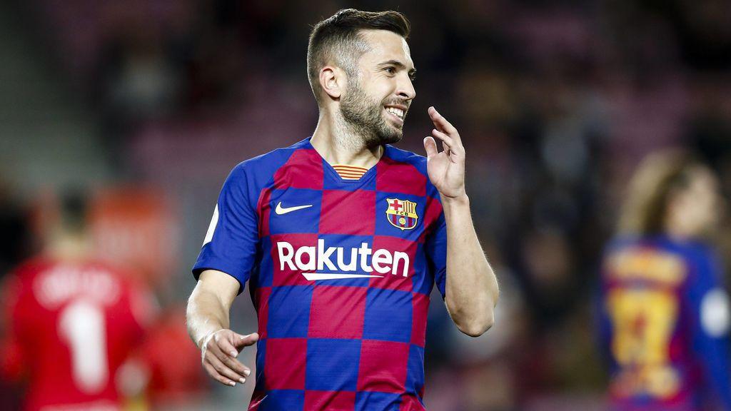 Cuando comenzó a hacerse famosa se relacionó a Hiba con el jugador del Barça, Jordi Alba.