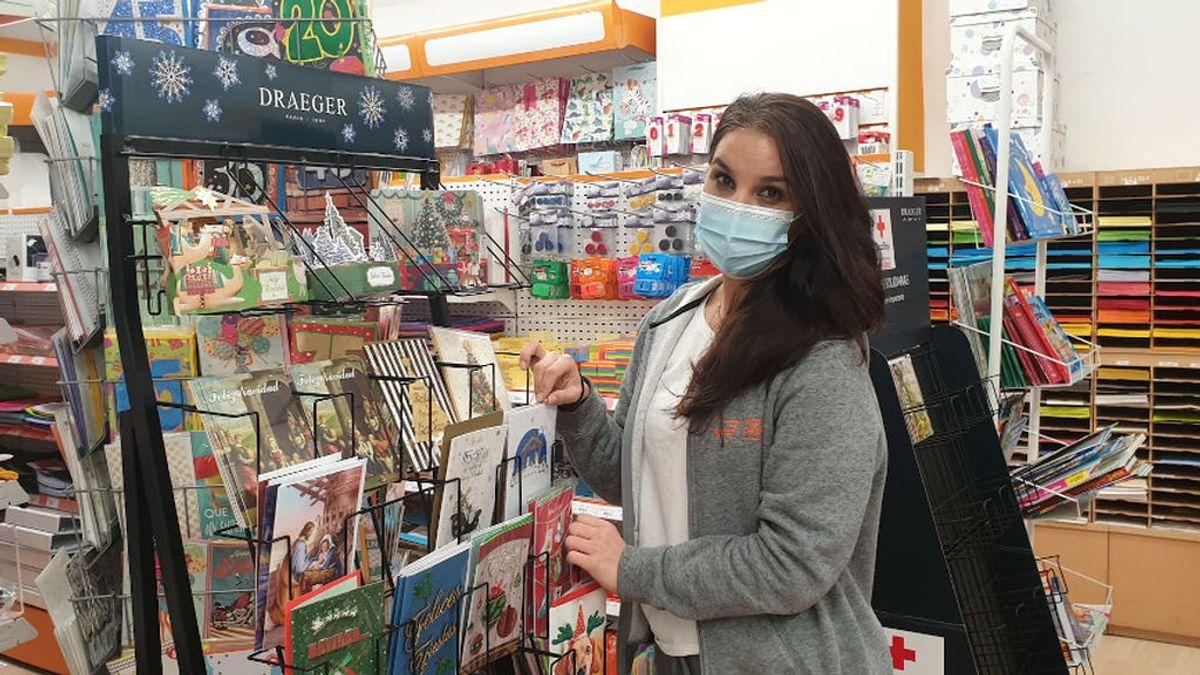 El coronavirus hace resurgir un clásico navideño: fiebre por enviar postales en papel