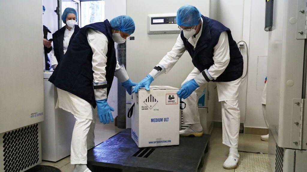 Todo listo para vacunar en 12 semanas a los 2,3 millones de españoles más vulnerables