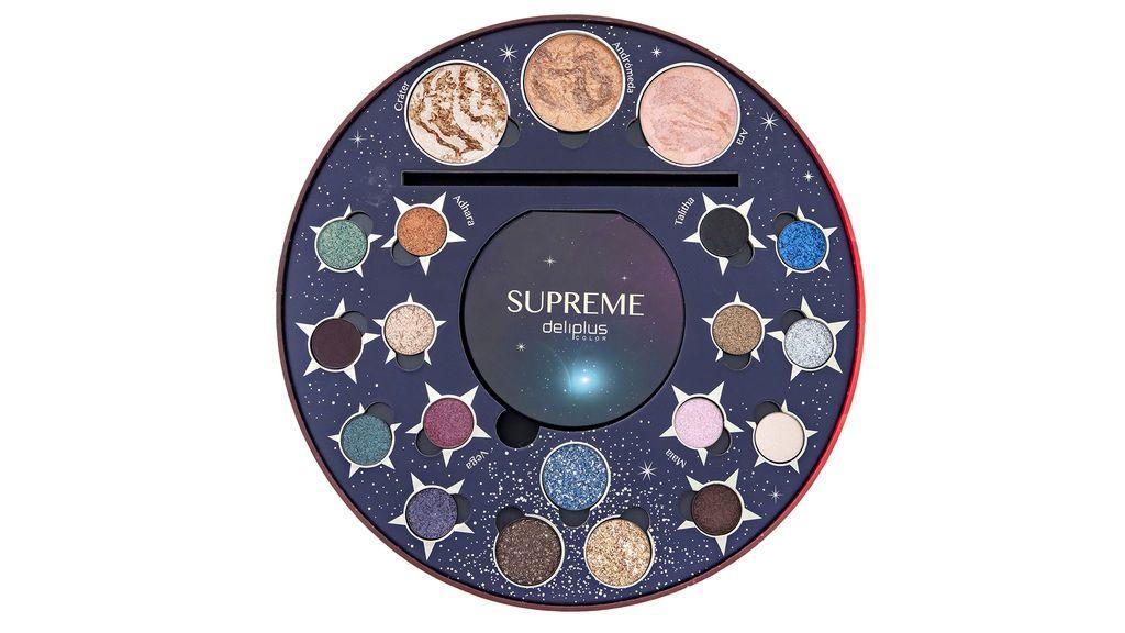 ¿Maquillaje inspirado en las constelaciones? Es posible con la combinación justa de sombra de ojos e iluminador