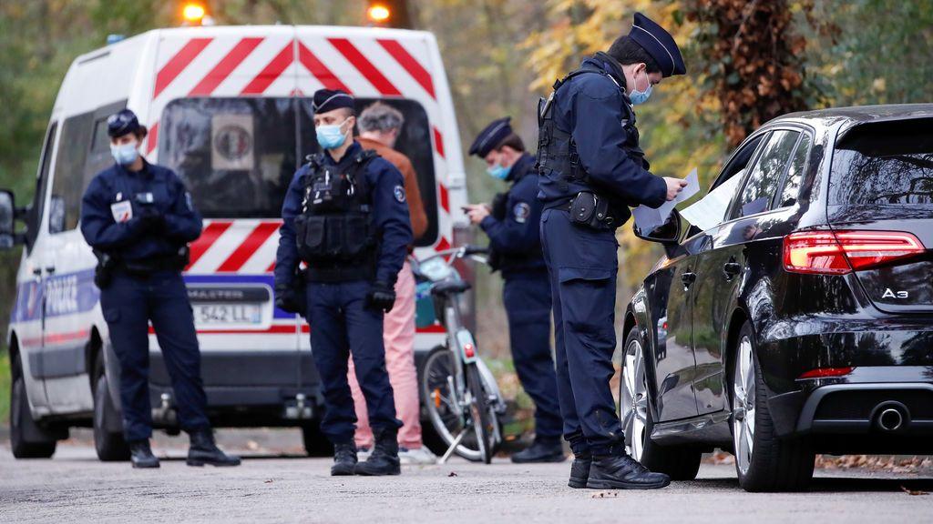 Tres policías, asesinados a tiros en Francia cuando intentaban ayudar a una mujer en un caso de violencia machista