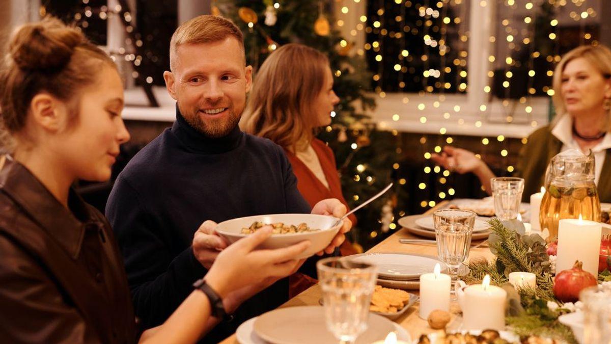 Consejos de una psicóloga para disfrutar de las comidas navideñas sin sentirse culpable