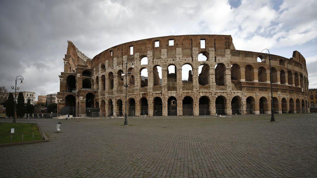 Italia roza los 20.000 casos tras iniciar el primer confinamiento navideño
